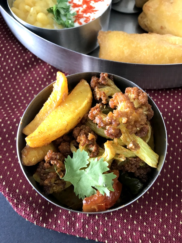 Sindhi Thali with Protein Rich Soybean
