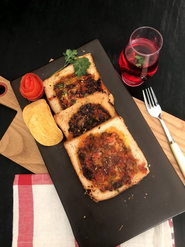 Upside Down Pizza Toast