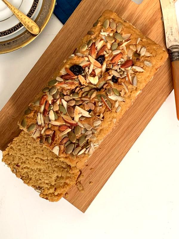Vegan Vanilla Nutty Cake