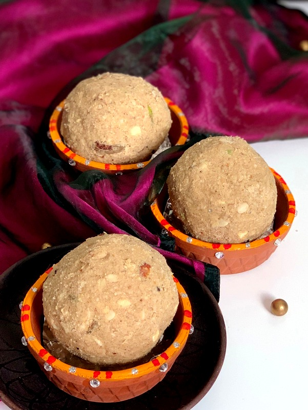 Wheat Flour and Oats Ladoo