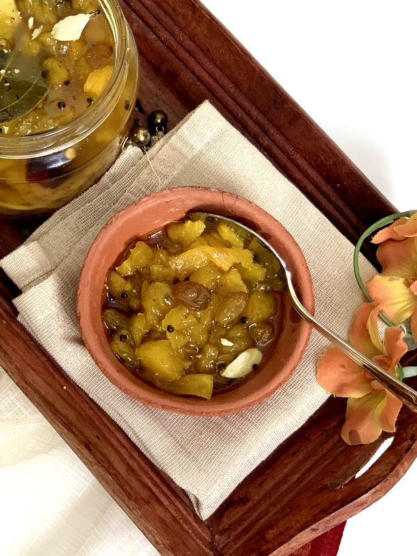 Anarosher Chutney ( Pineapple Chutney )