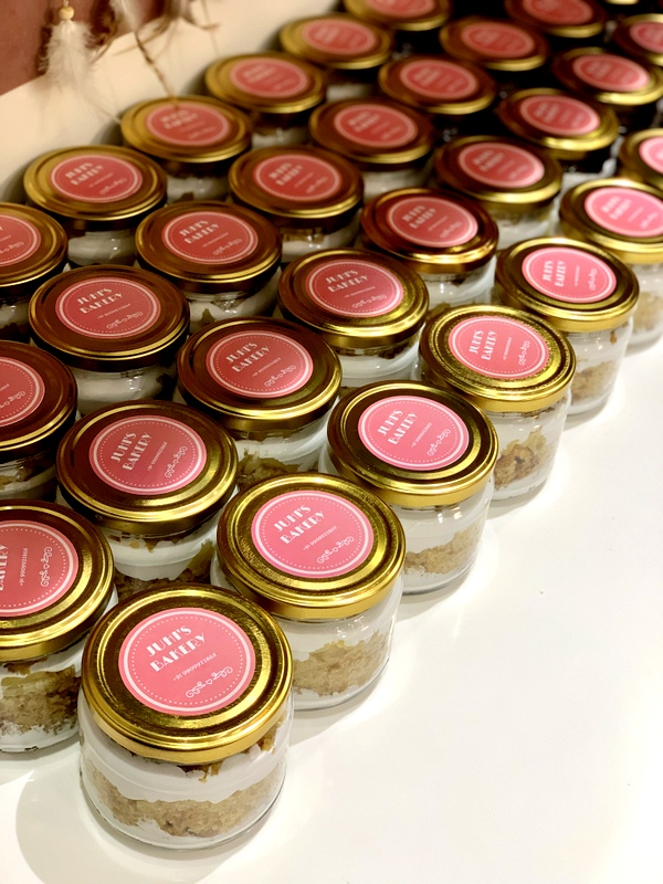 Pineapple Jar Cakes