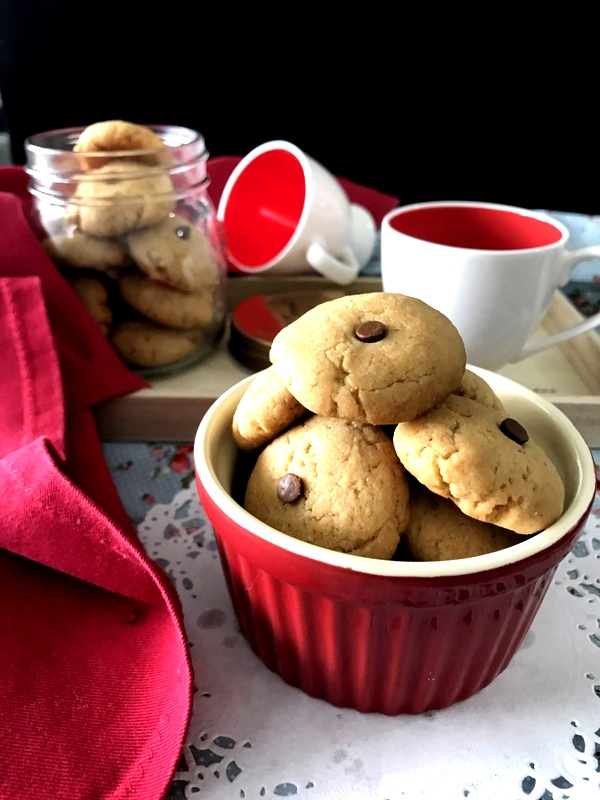 Whole Wheat Rose Cookies